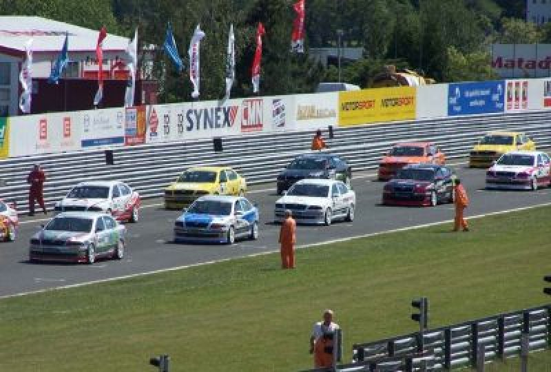 race-car-challenge-pole.jpg