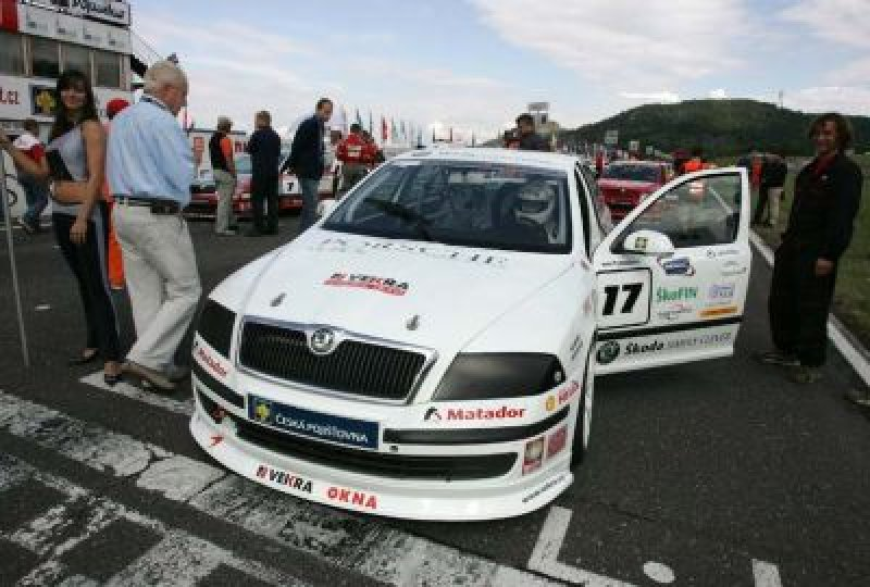 race-car-challenge-auto.jpg