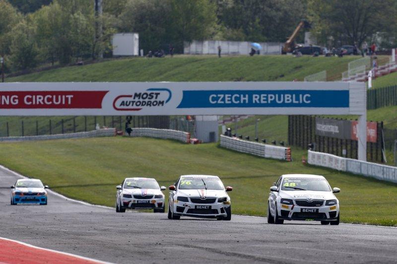 Vekra racing team si z Mostu odváží čtyři pódiová umístění