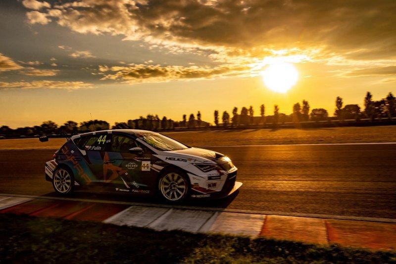 Petr Fulín vyhlášen druhým nejlepším hostujícím jezdcem ve FIA WTCR