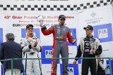Petr Fulín uzavřel sezónu dvojitým vítězstvím v Perguse, celkově bere titul vicemistra
